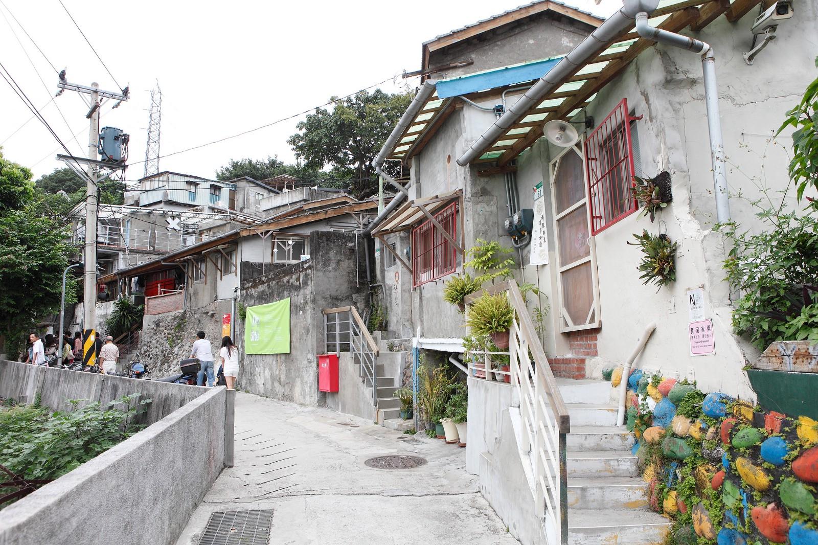 Alley at Treasure Hill Artist Village