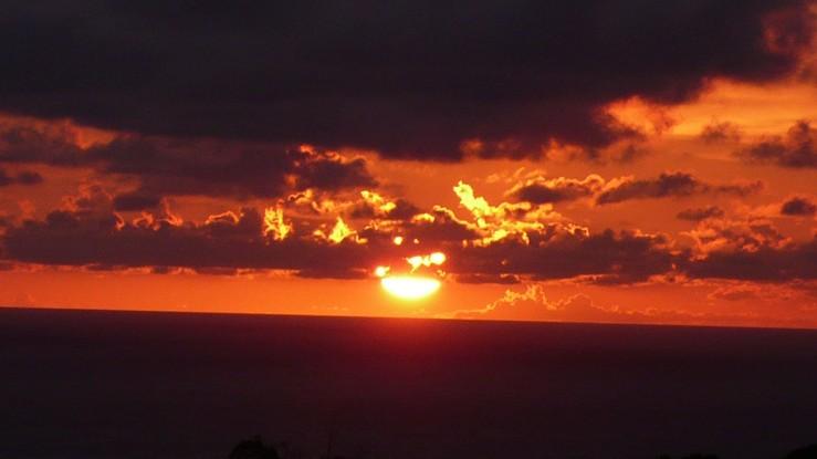 Ember Guanshan sunset